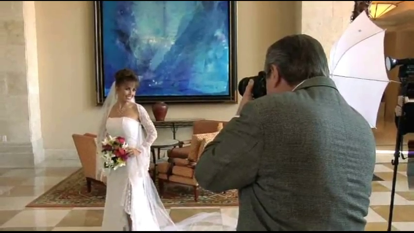 Kelby Training: Wedding Portraits - Classical Lighting and Posing Techniques [repost]